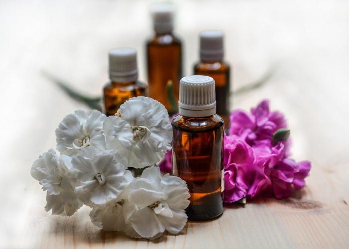 Bienfaits Ricin et huiles essentielles fertilite